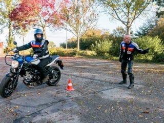 AGH Motorrijschool