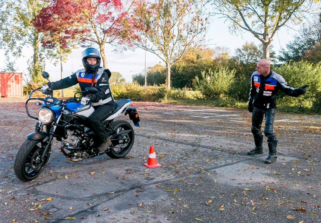 fotografie-voor-website-motorrijschool2